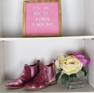 Toms Pink Crushed Velvet Booties NWT SZ7